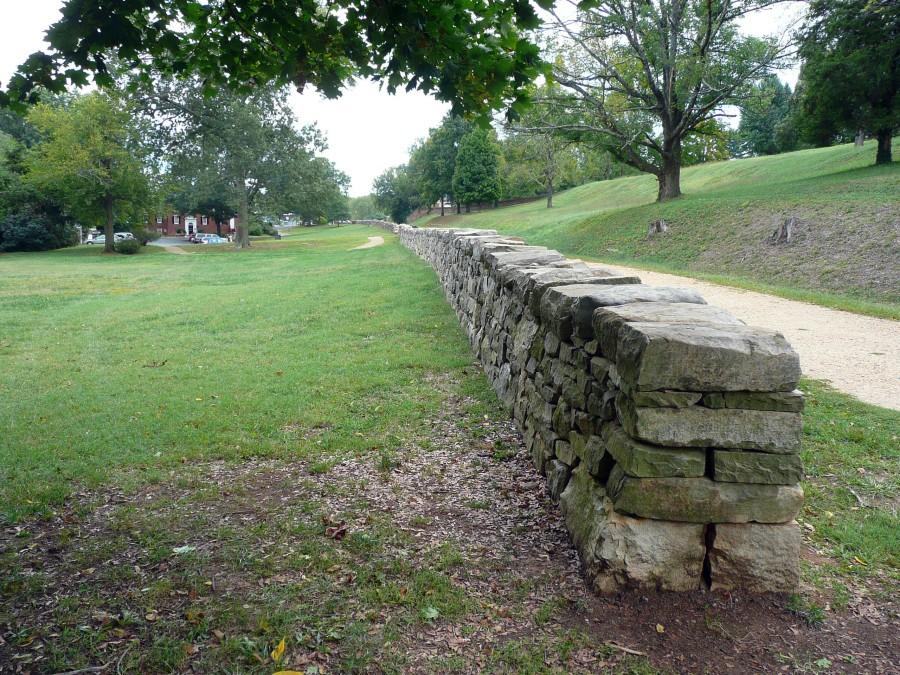 Fredericksburg_Marye's_Heights_sunken_road